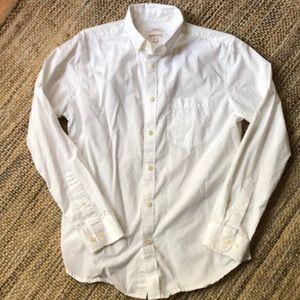 Merona men's white long sleeve button down shirt